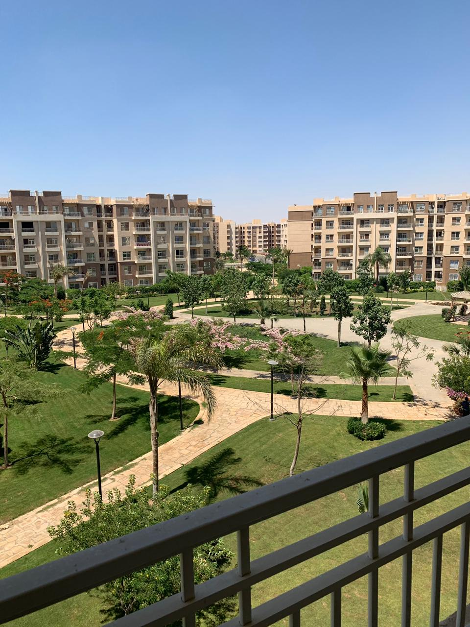 R 304 - Apartment in madinaty for sale