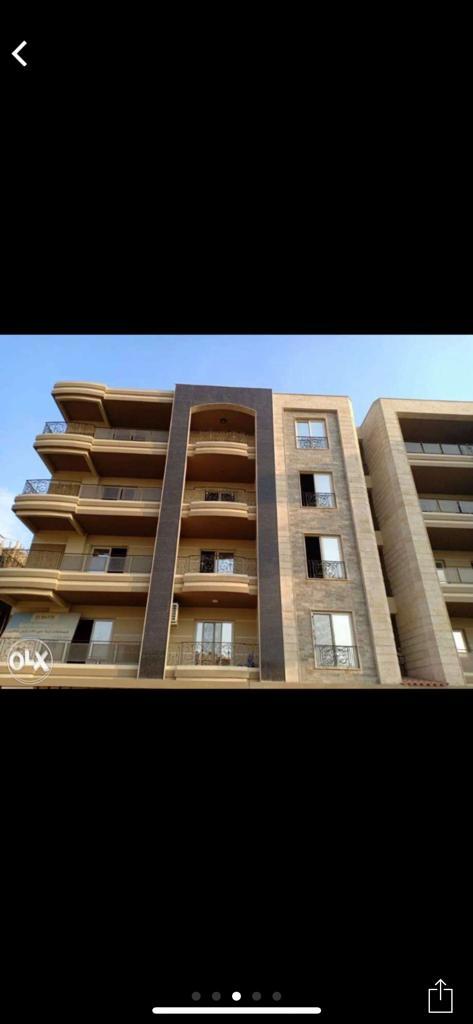 شقة للبيع في شيراتون